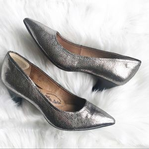 Sofft Metallic Leather Pointed Toe Heels Size 6